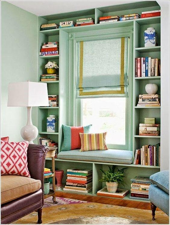 aménagement de petits espaces, étagères, fenêtre