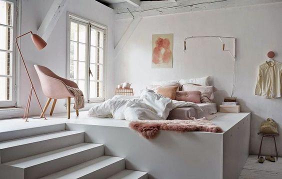 aménagement de petits espaces, lit, estrade