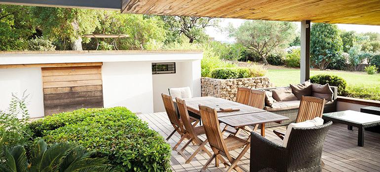 Nettoyage de printemps : jardin, extérieur, piscine et vitres