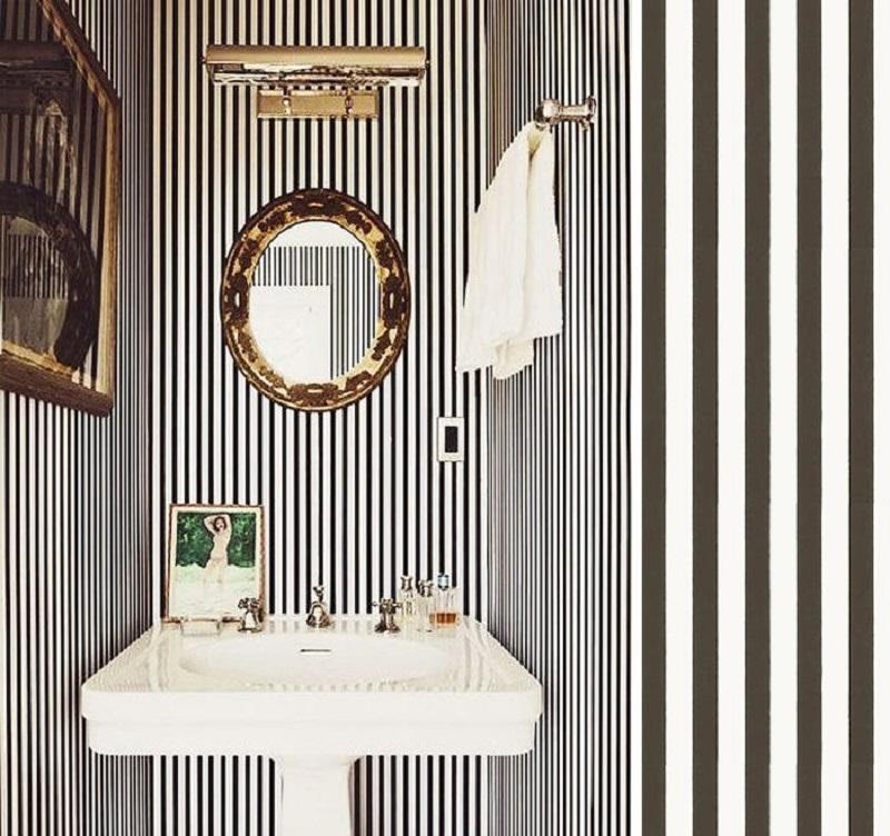 Aménagement salle de bains - utiliser les rayures