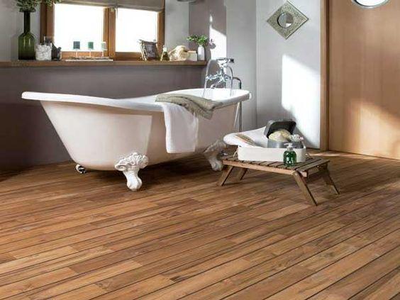 idée carrelage salle de bains - revetement sols parquet-bateaux