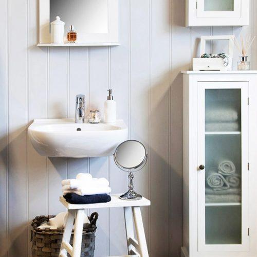 aménagement salle de bains carrée