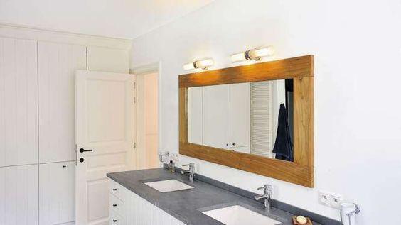 applique salle de bains réglettes