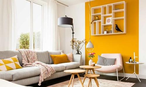 pan de mur coloré jaune