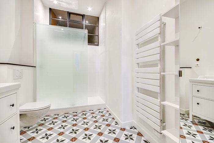 Refaire salle de bains artisan - trouver des professionnels