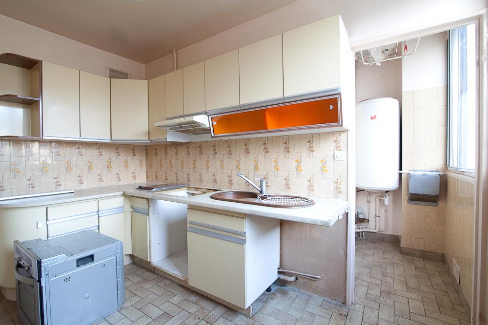 Travaux de rénovation d'appartements - Cuisine avant