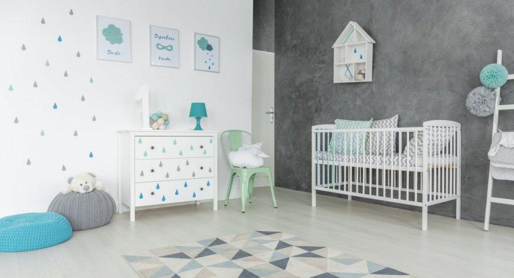 Peinture d'une chambre de bébé