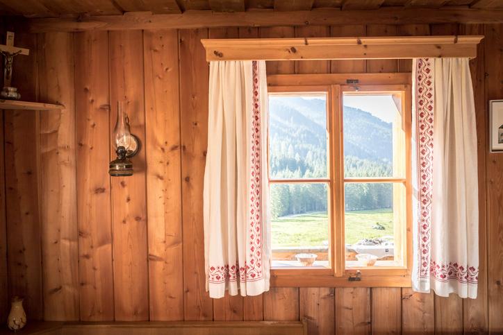 Une fenêtre en bois