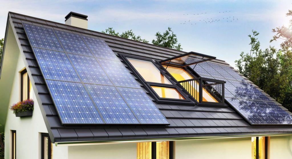 panneaux-solaires-sur-toit