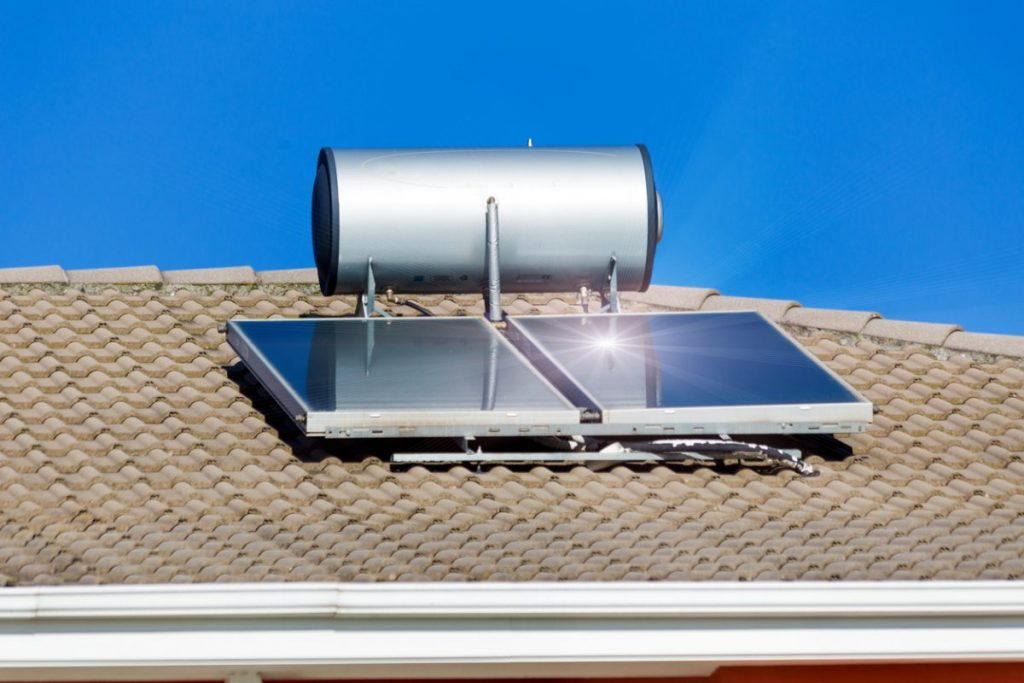 panneau-solaire-sur-toiture
