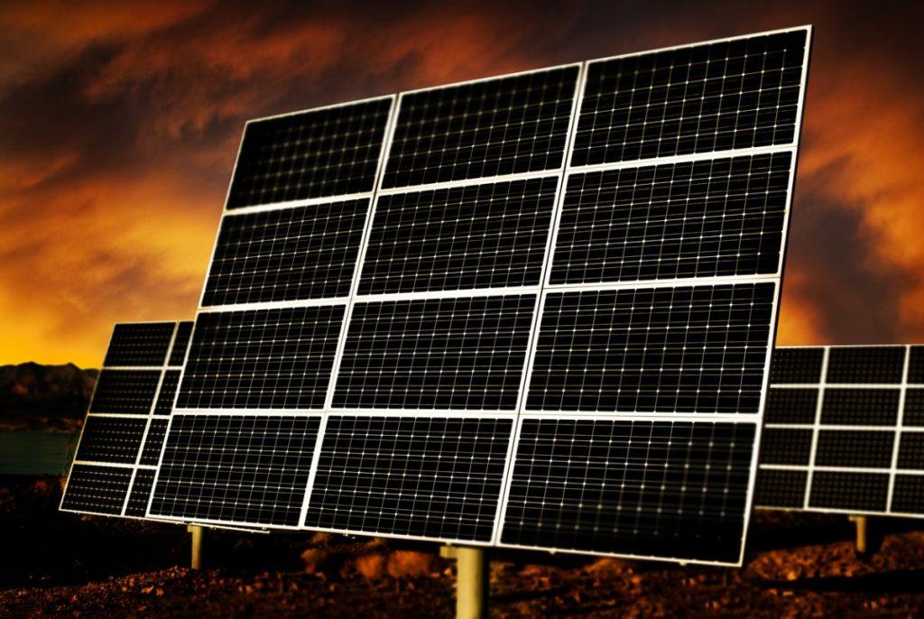 panneau solaire monocristallin noir