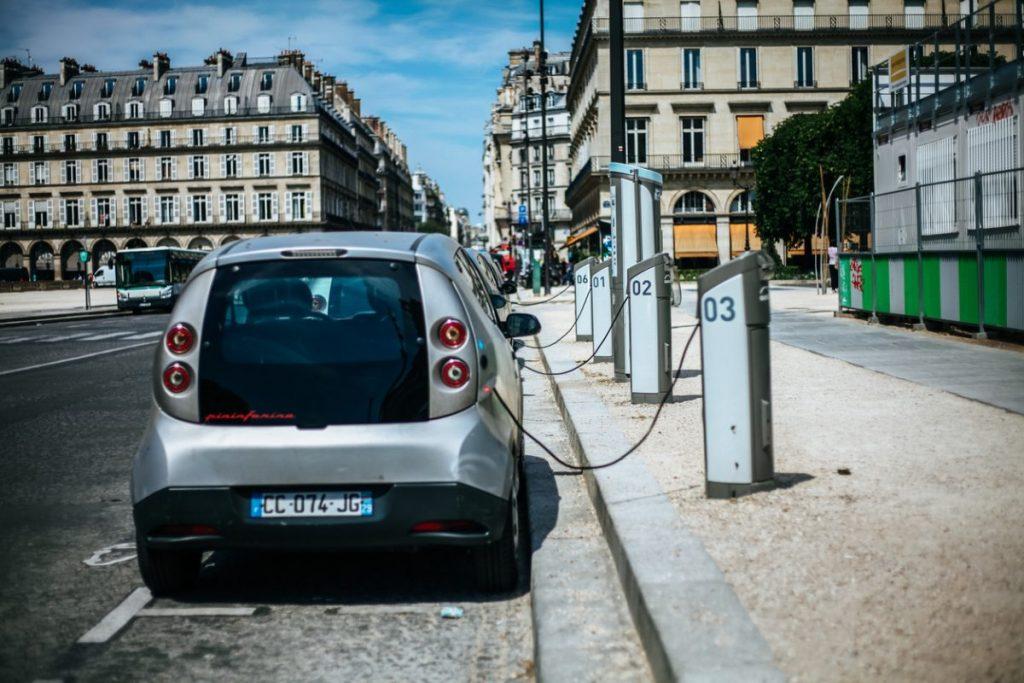 recharge-voiture-electrique-paris