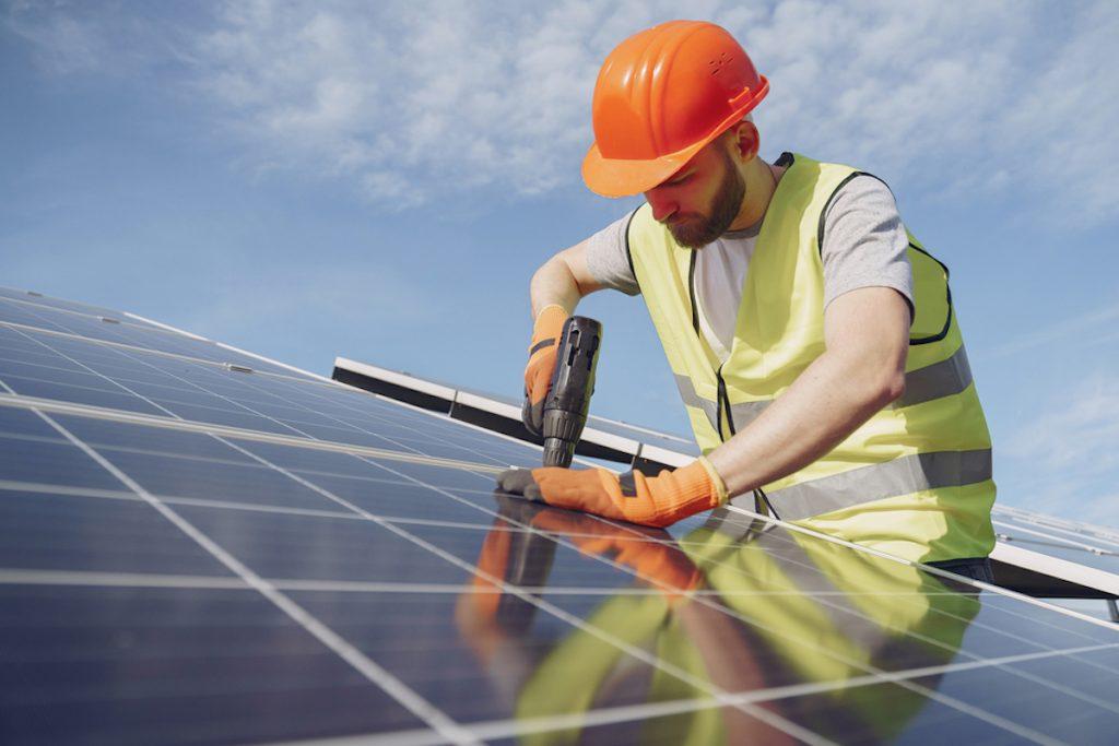 calculer-nombre-batteries-installation-solaire