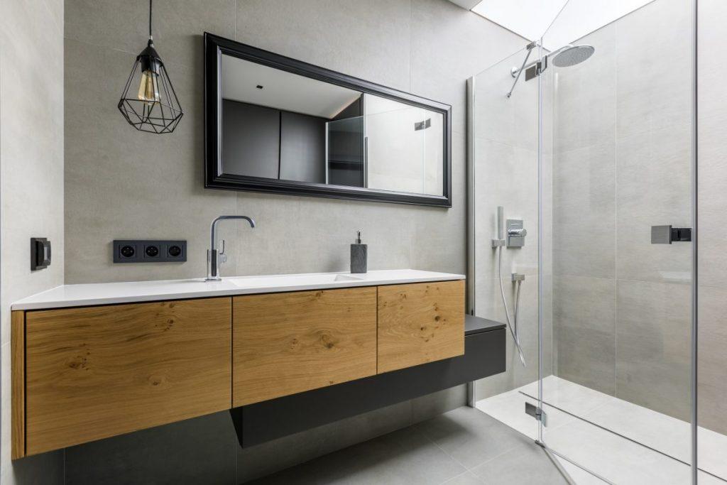 salle-de-bains-design-bois-et-noir