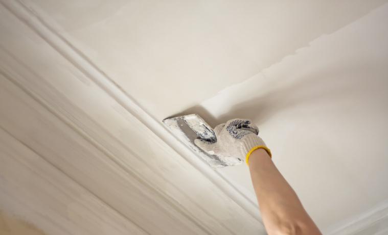 pose-enduit-plâtre-plafond