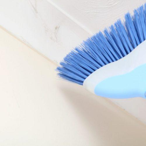 Comment nettoyer un plafond tendu ?