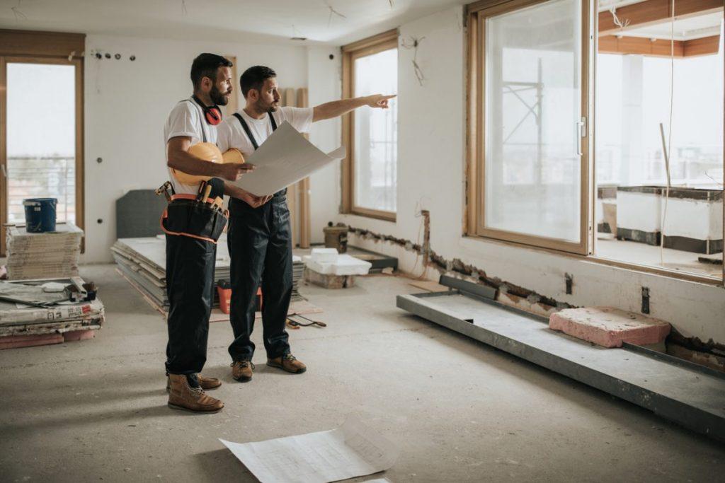 Comment estimer le prix au mètre carré d'une rénovation ?