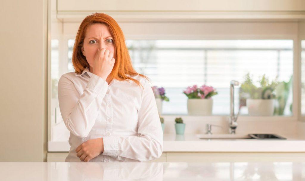 eradiquer les mauvaises odeurs dans canalisations