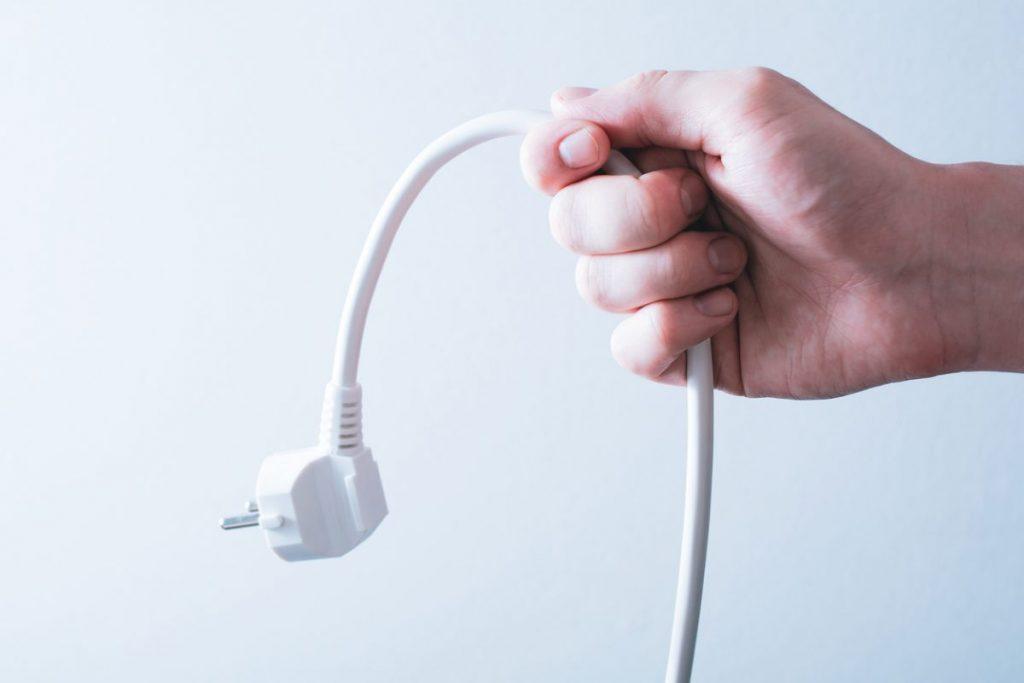 débrancher prise electrique