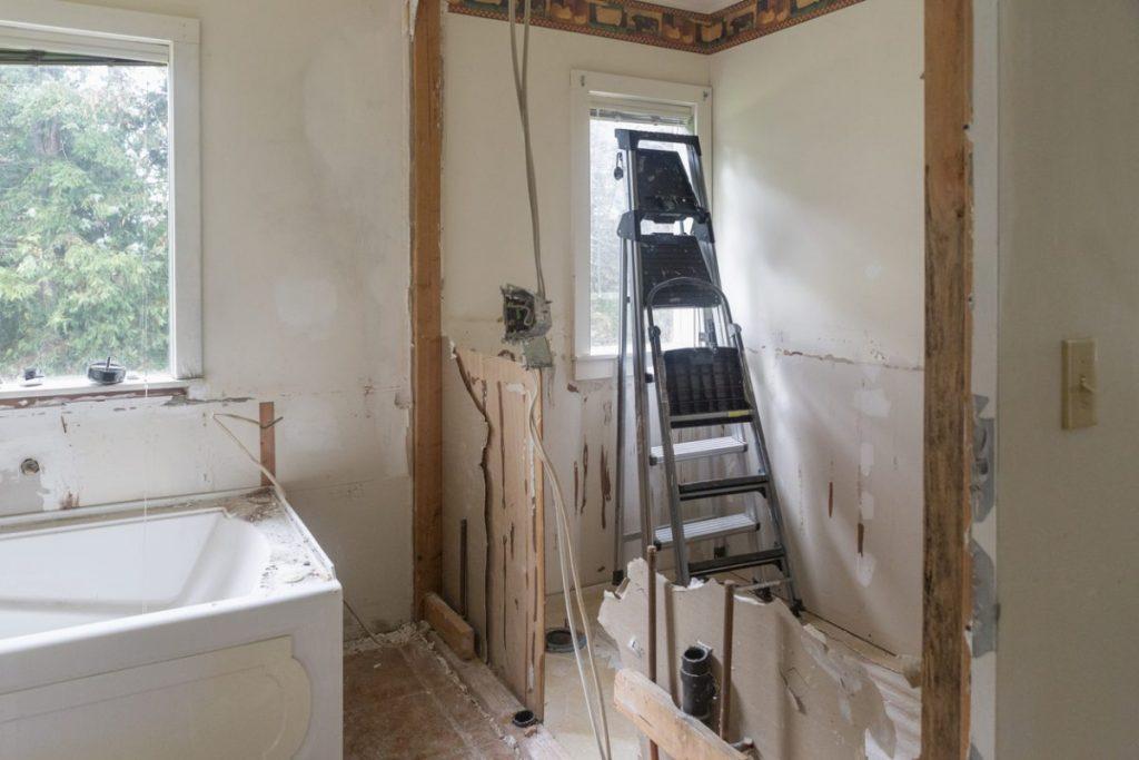 renovation-dalle-de-bain-erreur
