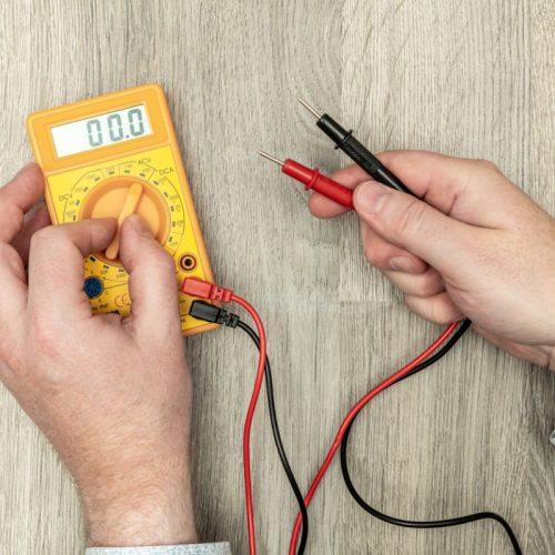 multimetre-verifier-bobine-contacteur