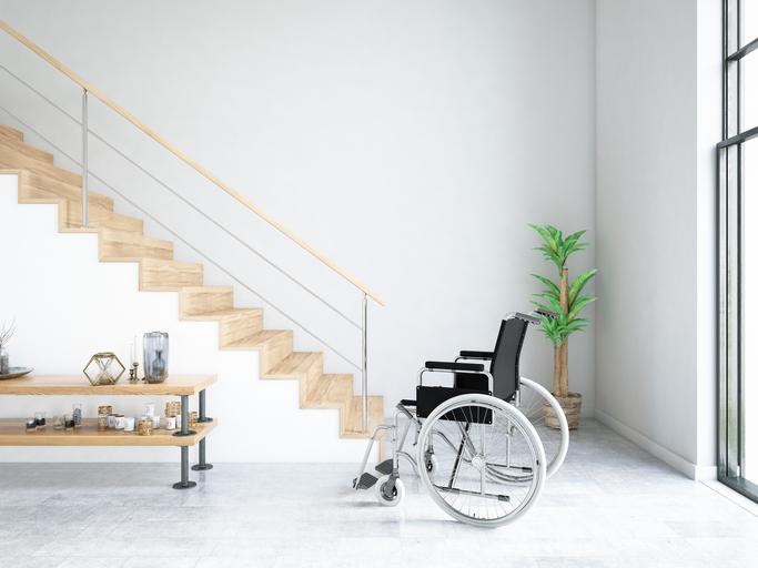 fauteuil-roulant-et-escalier