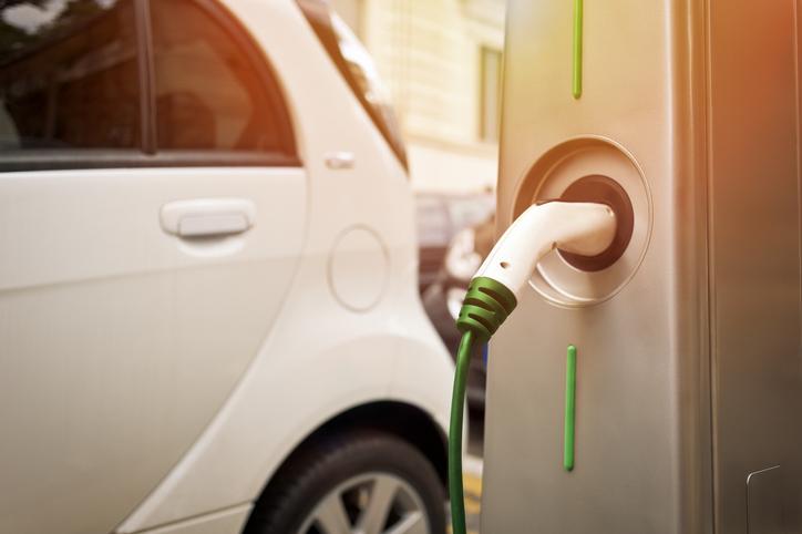 Quelle borne de recharge pour mon véhicule électrique ?