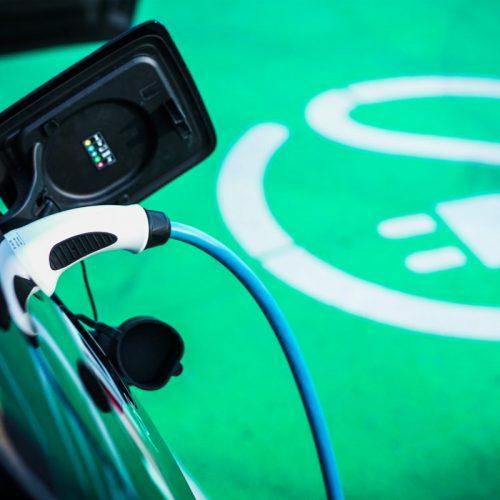 Les différentes prises pour recharger sa voiture électrique