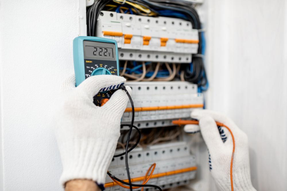 electricite-pourquoi-controler-professionnellement-reseaux-et-branchements-electriques