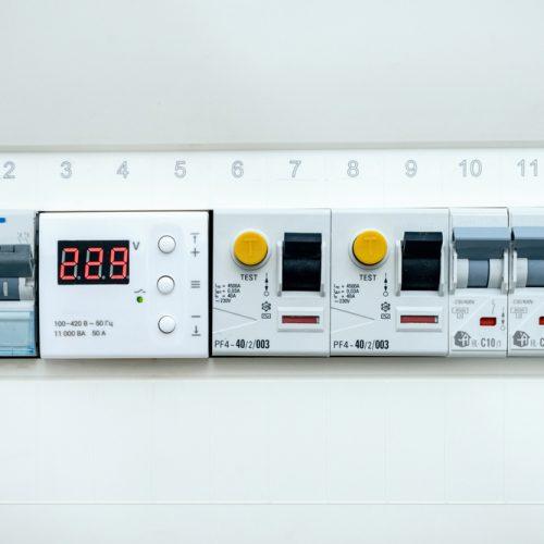 tableau-electrique-disjoncteur-et-interrupteur-differentiel-tout-savoir