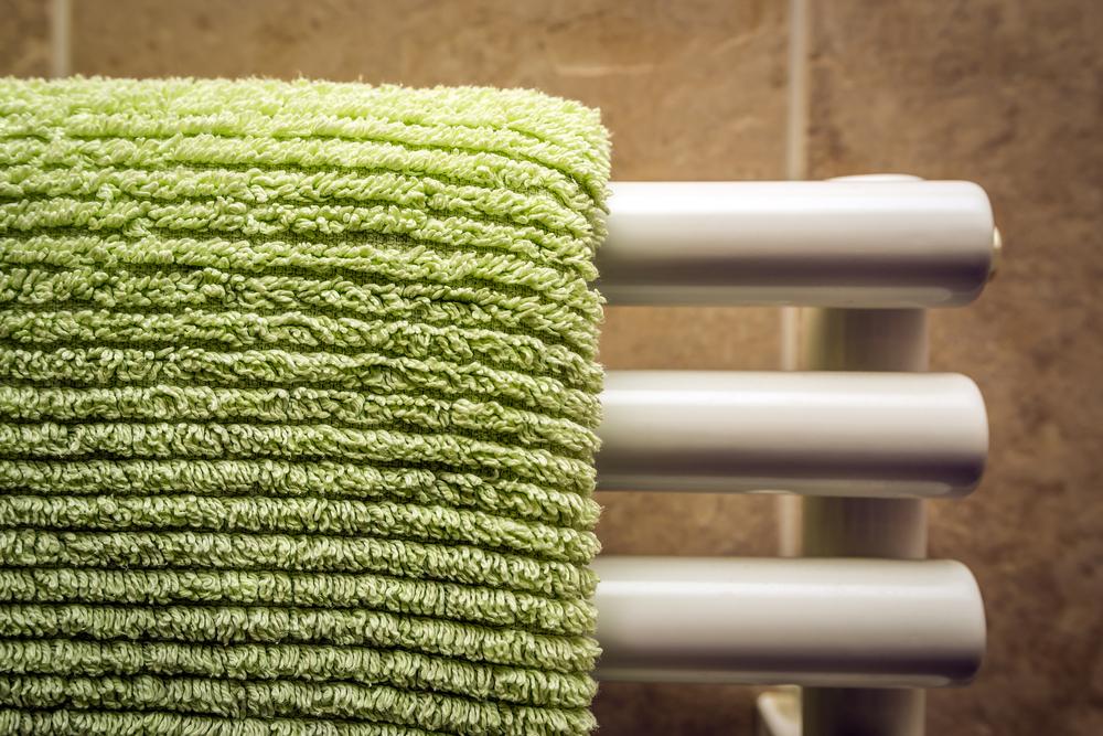 radiateur-electrique-comment-enlever-seche-serviette