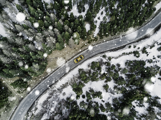 voiture-route-neige