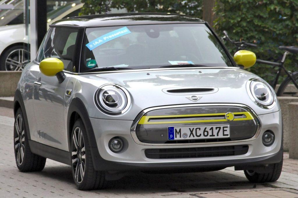petite-voiture-mini-electrique