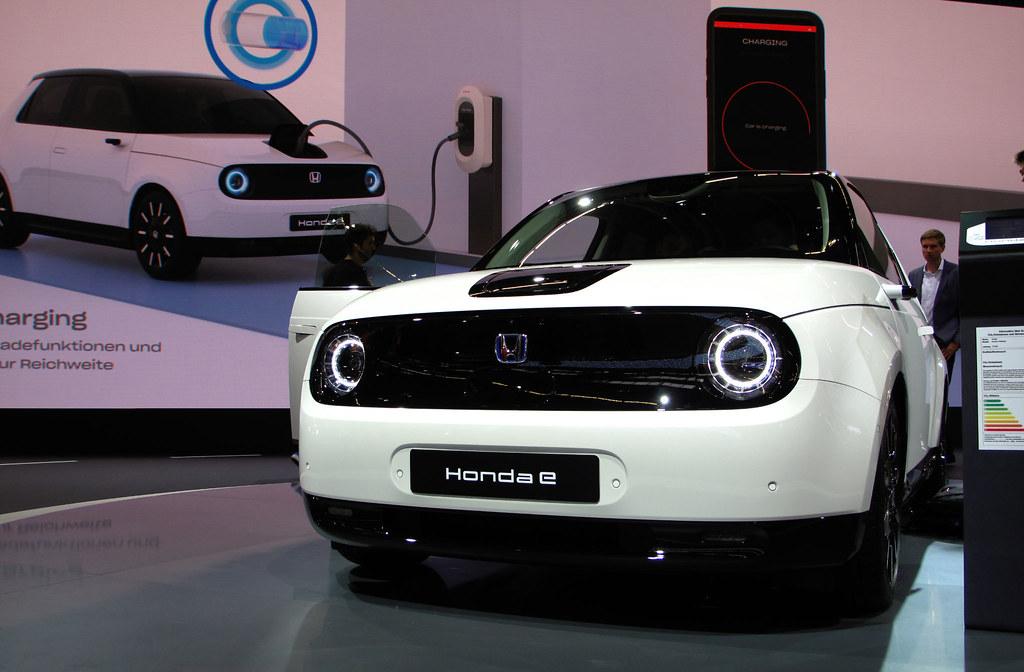 Honda-e-petite-voiture-electrique