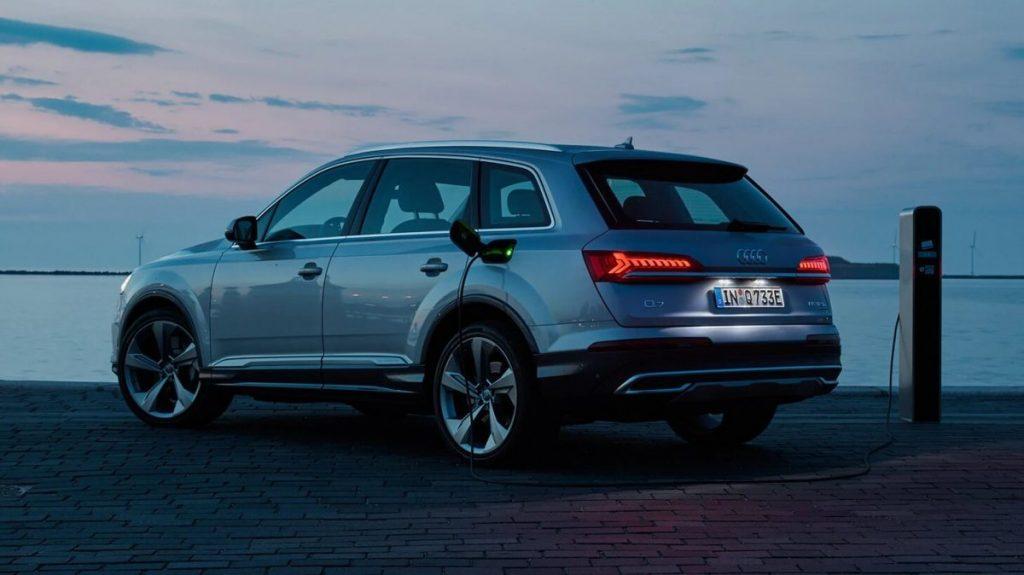 Comment recharger l'Audi Q7 TFSI e-tron