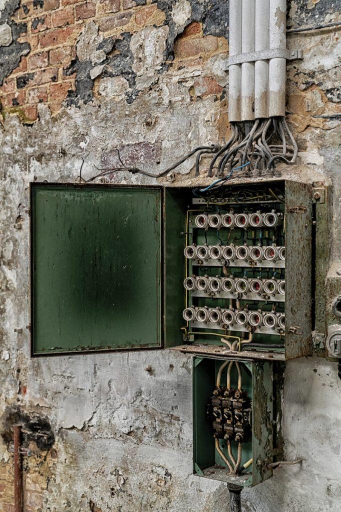 reconnaitre ancienne installation électrique