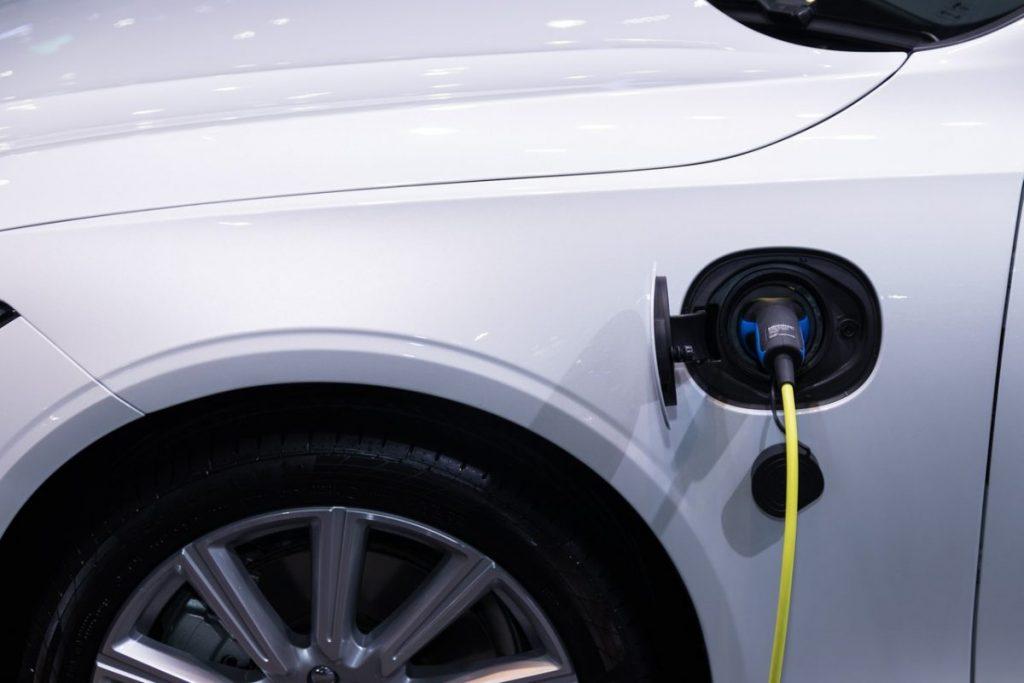 borne-recharge-pour-Volkswagen-Golf-8-GTE