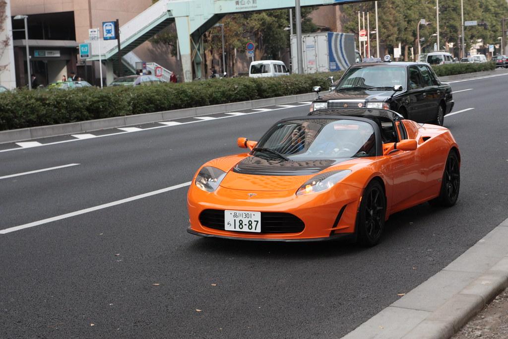 Tesla-Roadster-voitures-électriques-sportives