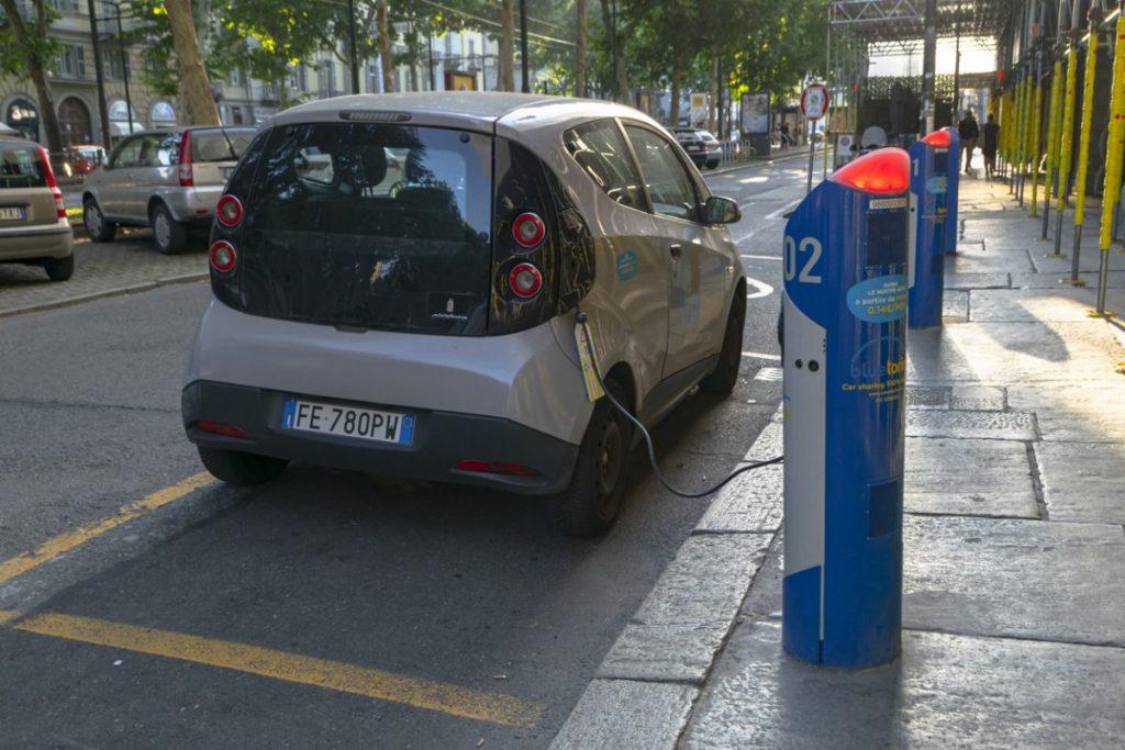Comment recharger la Bolloré Bluecar ?
