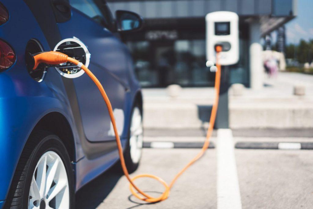 supervision-borne-recharge-voiture-entreprise