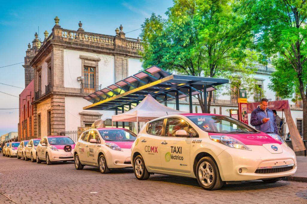 voiture-electrique-taxi-chauffeurs-vtc